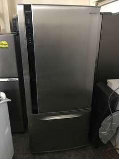 Panasonic Inverter 551l HUGE 2 door fridge / refrigerator