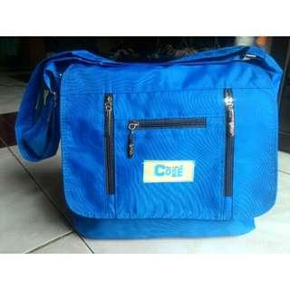 Blue : Cosé Sling/Body Bag