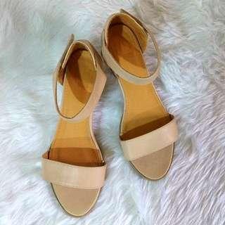 S35 NU Essentials Nude Mid Heel Sandals