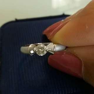 19份鑽石戒指