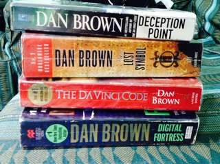 Dan Brown set