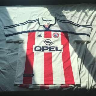 FC Bayern Munich 2000/2001 jersey