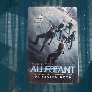 Novel impor baru&bersegel: Allegiant