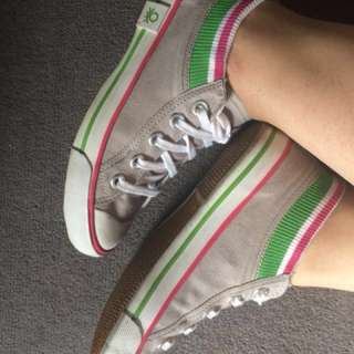 Converse style shoes : Brand - Benetton