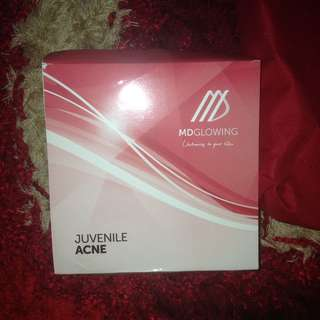 MD GLOWING SKIN PAKET JUVENILLE ACNE