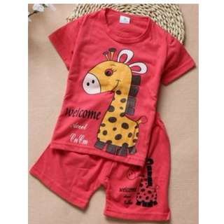Giraffe Design Short Sleeve Shirt and Shorts [2 to 3 years]