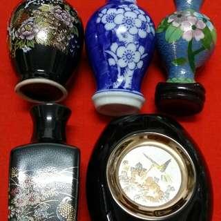 5 Small mini pots