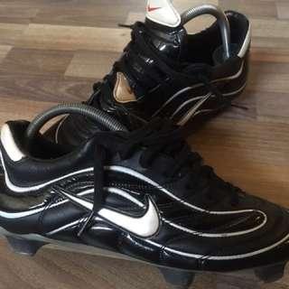 SUPER RARE Nike mercurial R9 Ronaldo (1998)