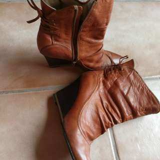 pre loved STACCATO