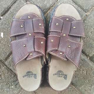 Sandal Dr. Martens Men's with AirWair soles - ukuran 41 - Brown