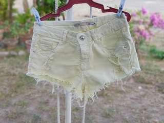 AUTHENTIC Bersha Pastel Yellow Shorts