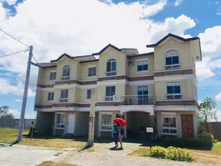 Beatrice 3 Storey townhouse