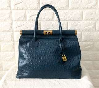Genuine Ostrich leather from Paris
