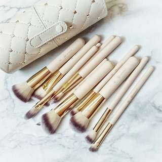 BH brush studded