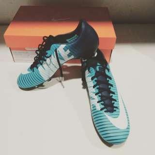 Speatu Nike victory US 8/ 41