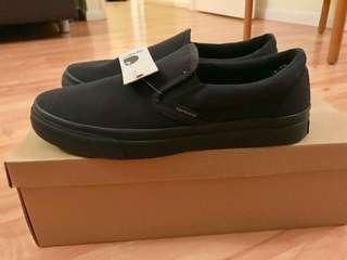 Carhartt Slip On all black