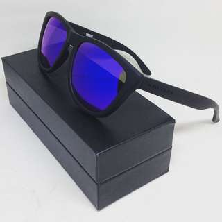 HAWKERS CO. - CARBON BLACK • SKY ONE