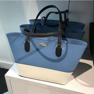 Pre-order: KATE SPADE SMALL DALLY