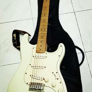 Fender Stratocaster California Series