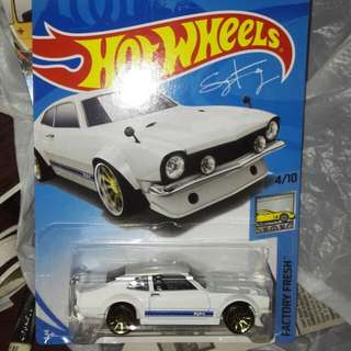 Hotwheel ford maverick