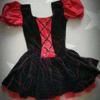 Party dress size 4-6 years for a girl