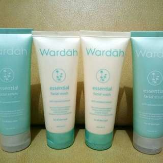 ESSENTIAL FACIAL WASH & SCRUB