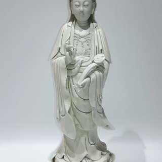 「舊白瓷觀音菩薩造像」