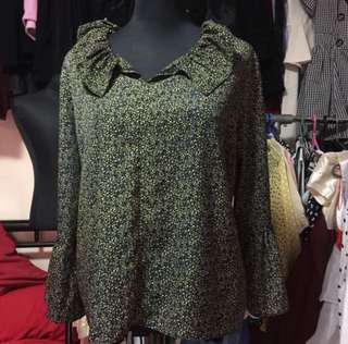 Green Floral Longsleeves Blouse