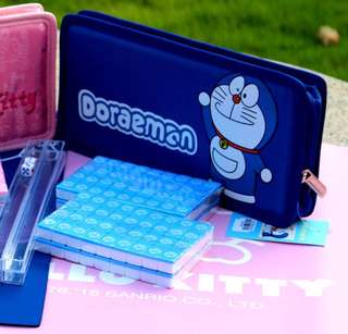 Cute Doraemon mini travel mahjong set