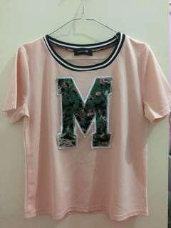 pink logo M tshirt