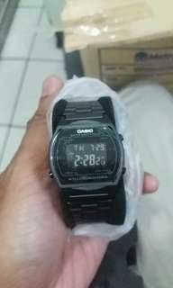 casio b640wb-1b all black