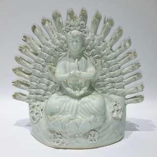 「千手觀音菩薩瓷造像」
