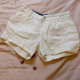 韓版白色短褲熱褲 可愛圓點 鬆緊帶 #女裝半價拉