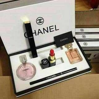 Chanel Make Up Set