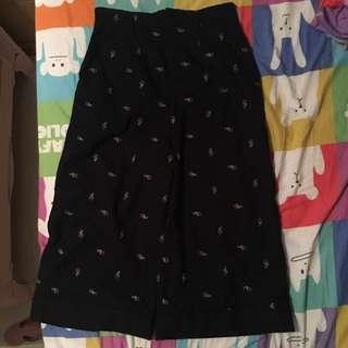 Initial 裙褲