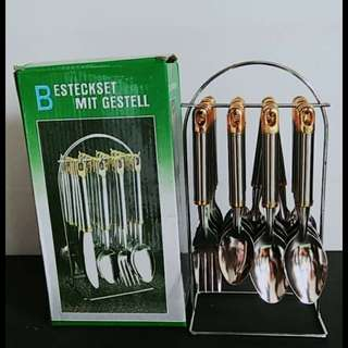 Cutlery Set golden