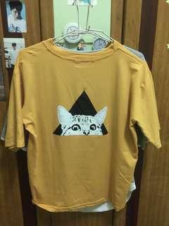 🚚 貓咪探頭三角形圖 短袖 全新 僅拆封 💯👌