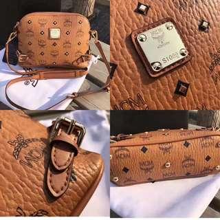 MCM 🍀Studded sling bag