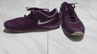 Authentic Nike dual fusion