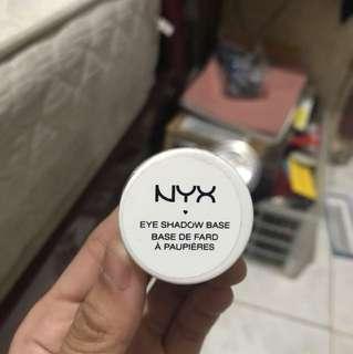 NEW Base Eyeshadow NYX