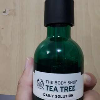 Preloved The Body Shop Tea Tree Daily Solution (Serum)