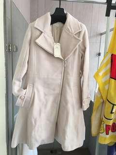 米白色 氣質 外套