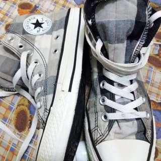 Converse Hi-Cut Size 5 UK