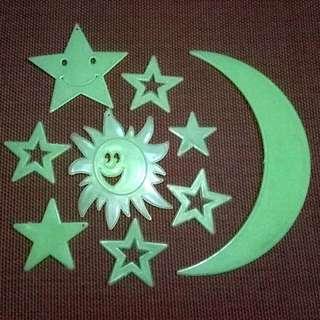 Wall Sticker Glow In the Dark Hijau Buat Dekorasi