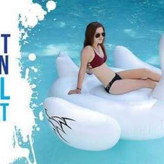 Giant Swan Pool Floater