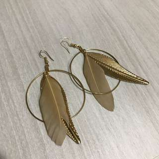 BN Gold leaf and feather Earring