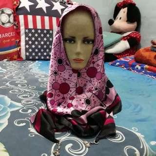 Hijab segita instan