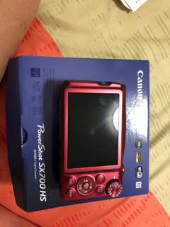 Canon SX700 HS Red