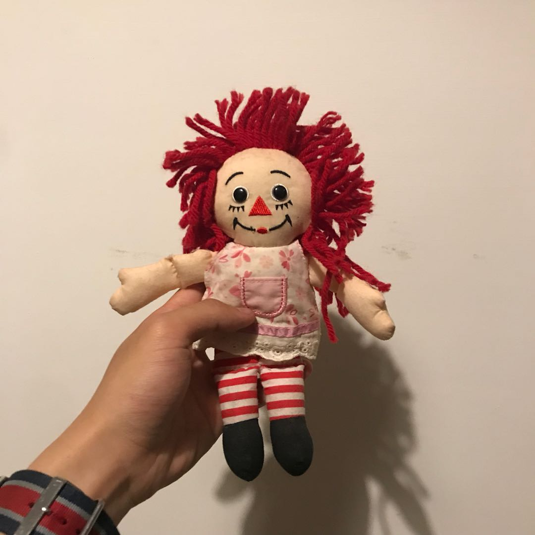 安娜貝爾咒詛娃娃