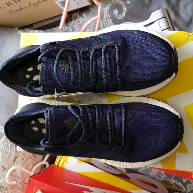 nike sportswear: concepteur de chaussures et de vêtements bon marché, adidas, asic